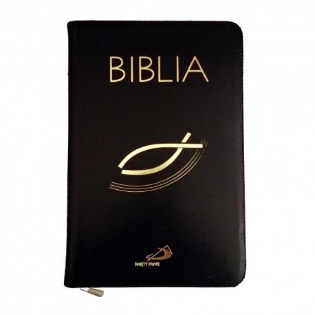 Biblia - Edycja św. Pawła, czarna skóra, zamek (19,5 x 12,5 cm)
